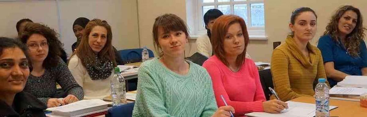 Dental Nursing Course in Reading with The School of Dental Nursing